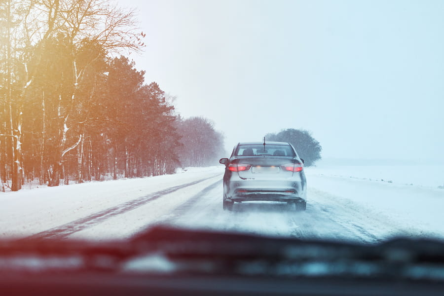 Winter Driving: Vehicle Checklist and Safe Driving Practices